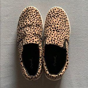 Cheetah platform flats